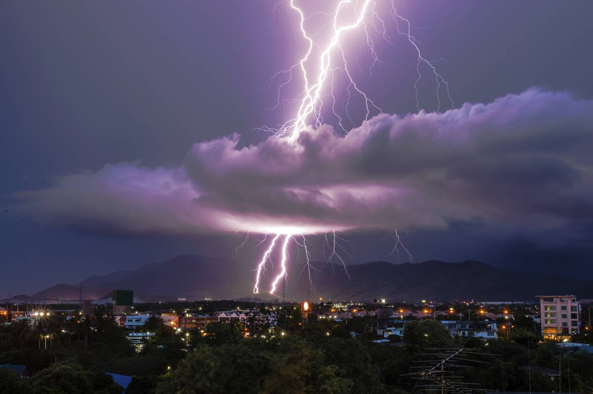 Results image of lightning in bad storm