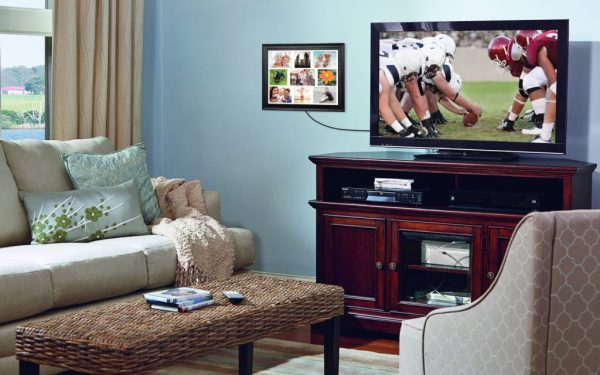 Results image of TV with VIEW wall frame connected